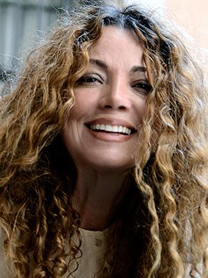 Retrato de Ángela Becerra